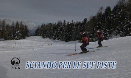 Pila sciando per le sue piste