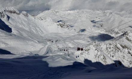 Sono aperti gli impianti sul ghiacciaio Presena